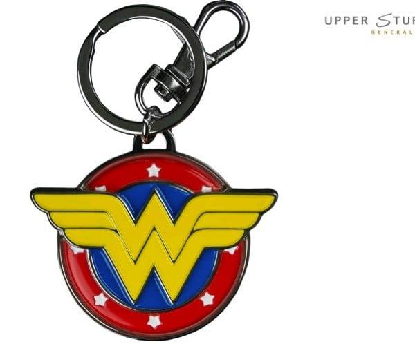 wonder-woman-logo-colour-enamel-keychain